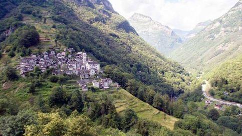 El turismo sale al rescate de Corippo, el pueblo más longevo y pequeño de Suiza