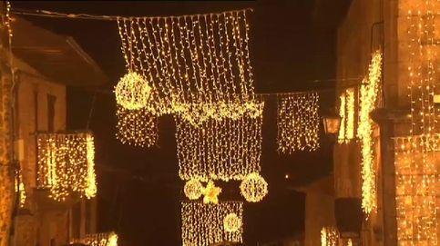 La Navidad ilumina como nunca la localidad de Puebla de Sanabria