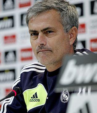 Foto: La prensa debería pagar por tener a Mourinho como técnico