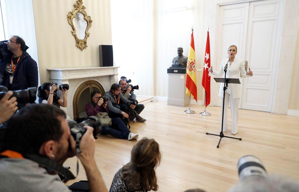 Foto: Cristina Cifuentes, el pasado 25 de abril en la Real Casa de Correos, cuando anunció su dimisión como presidenta madrileña. (EFE)