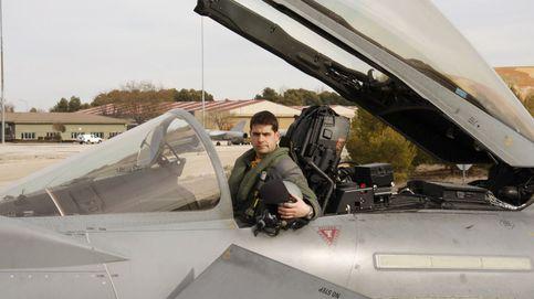 Así era Borja Aybar, el piloto fallecido al estrellarse su caza tras el desfile del 12-O