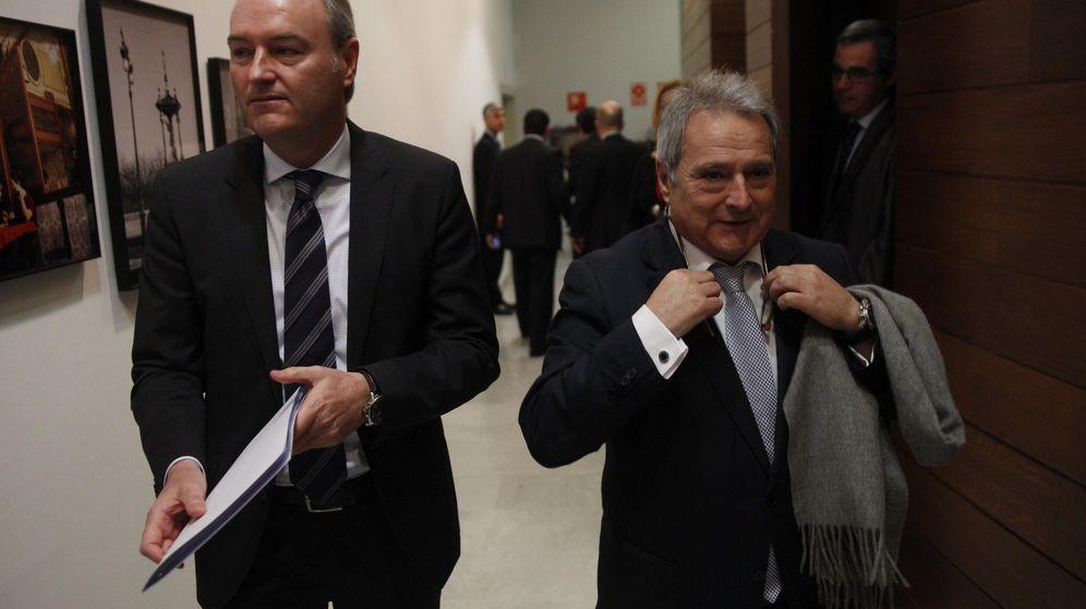 Foto: El 'president' de la Generalitat, Alberto Fabra y el dirigente popular Alfonso Rus. (EFE)