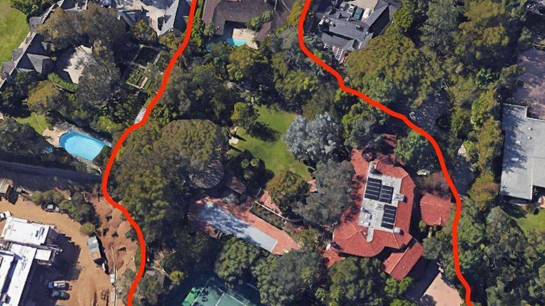 La mansión de Jeff Bezos en Beverly Hill. (Google)