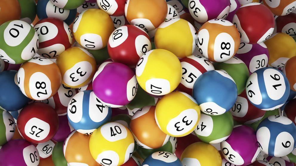 Encuentran un billete de lotería premiado y lo devuelven por el karma
