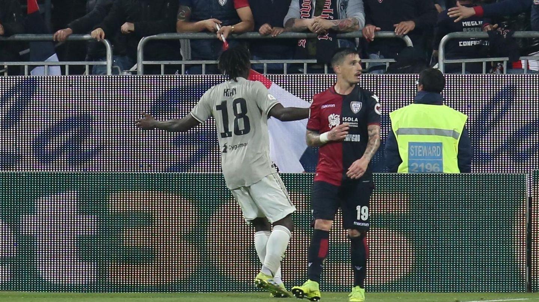 Tras marcar el segundo gol de la Juventus, Kean se plantó ante los aficionados del Cagliari que le estaban insultando. (EFE)