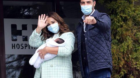 La salida del hospital de Paula Echevarría y el tierno encuentro de los hermanos