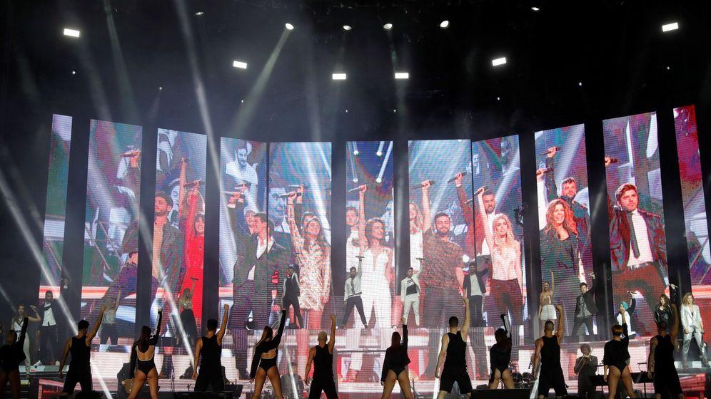 Foto:  Concierto de la gira del concurso Operación Triunfo en el estadio Santiago Bernabéu. (EFE)