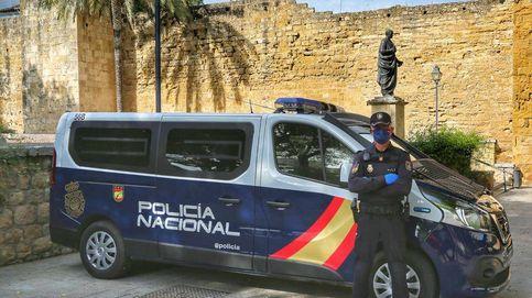 Detenida una madre y su hija en Málaga por apuñalar a una menor por celos