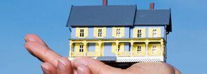 El rescate de las cajas frena más el ajuste del precio de la vivienda y elevará la deuda pública