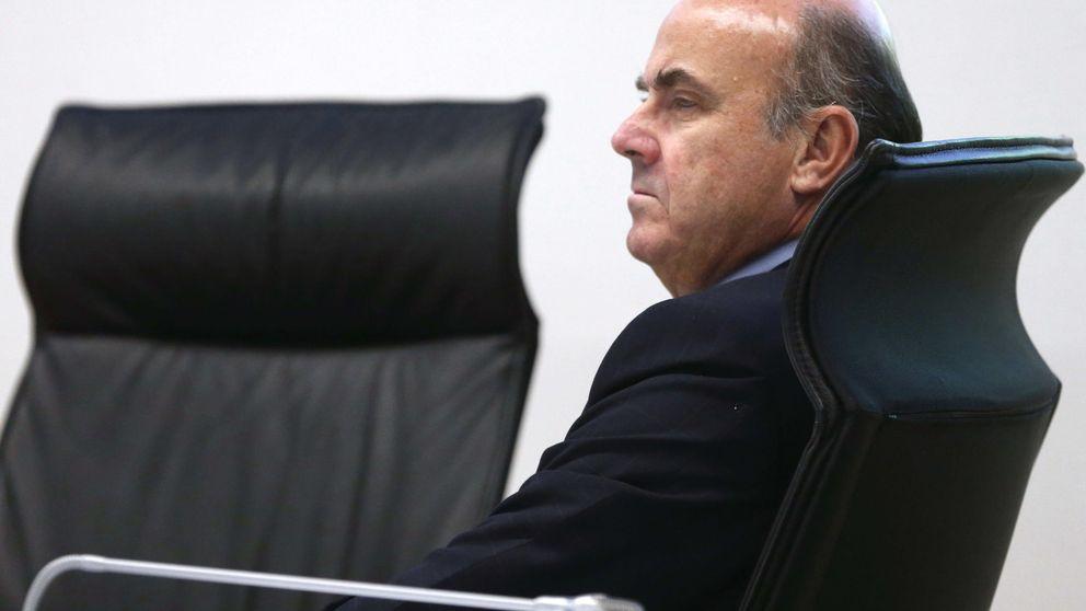 Guindos dice que tiene posibilidades de ser presidente del Eurogrupo