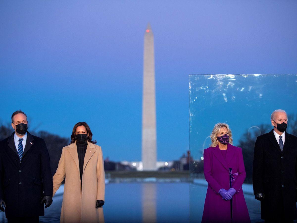 Foto: Doug Emhoff, Kamala Harris, Jill Biden y Joe Biden, Jill Biden. (EFE)