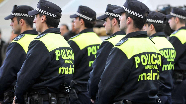 El juez ve indicios de delitos de odio y de injurias de los policías del chat de Carmena