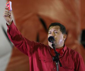 """Chávez anuncia que también """"congela"""" las relaciones con España """"hasta que el rey se disculpe"""""""