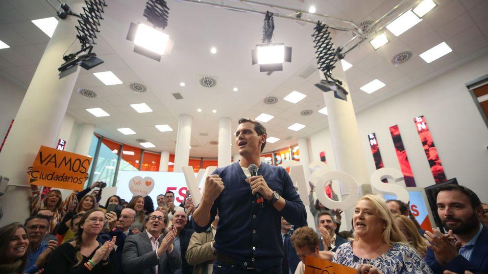 Foto: El presidente de Ciudadanos (Cs), Albert Rivera, este viernes en la sede de Madrid. (EFE)