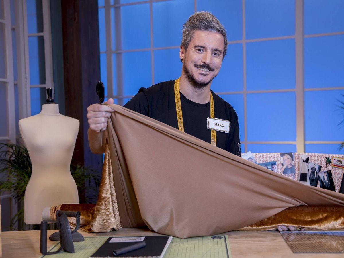 Foto: Marc (Barcelona, 32 años), concursante de 'Maestros de la costura'. (TVE)