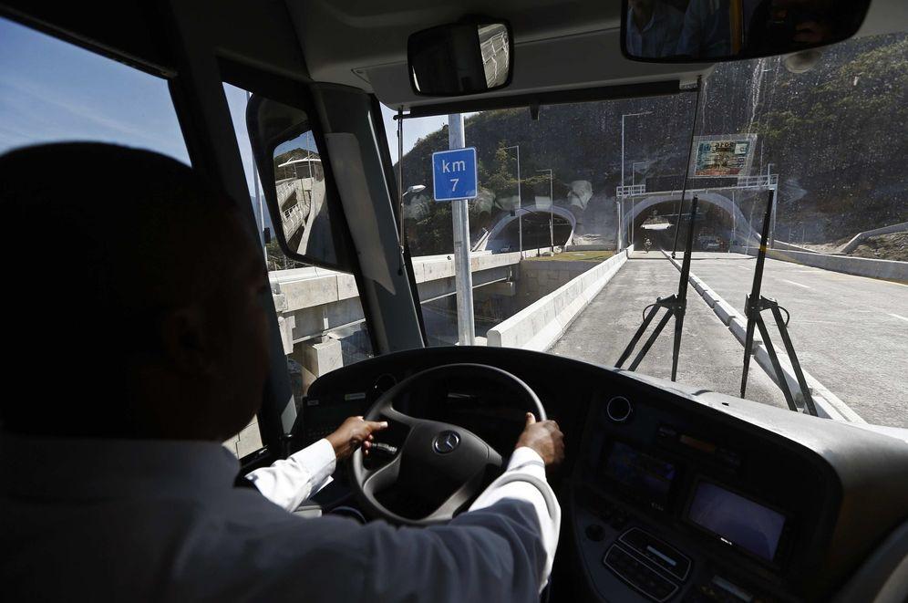 Foto: Las empresas de autobuses admiten que no se saben vender. (EFE)