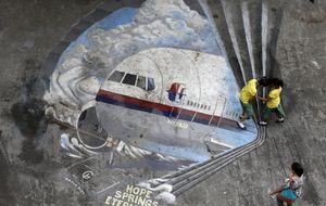 Rescate 'en el peor lugar del mundo': la caja negra del avión, a 20.000 pies