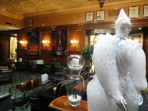 La magia del Circo del Sol 'contagia' al Hotel Palace