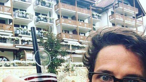 Feliciano se come las uñas (o eso parece) durante su estancia en Gstaad