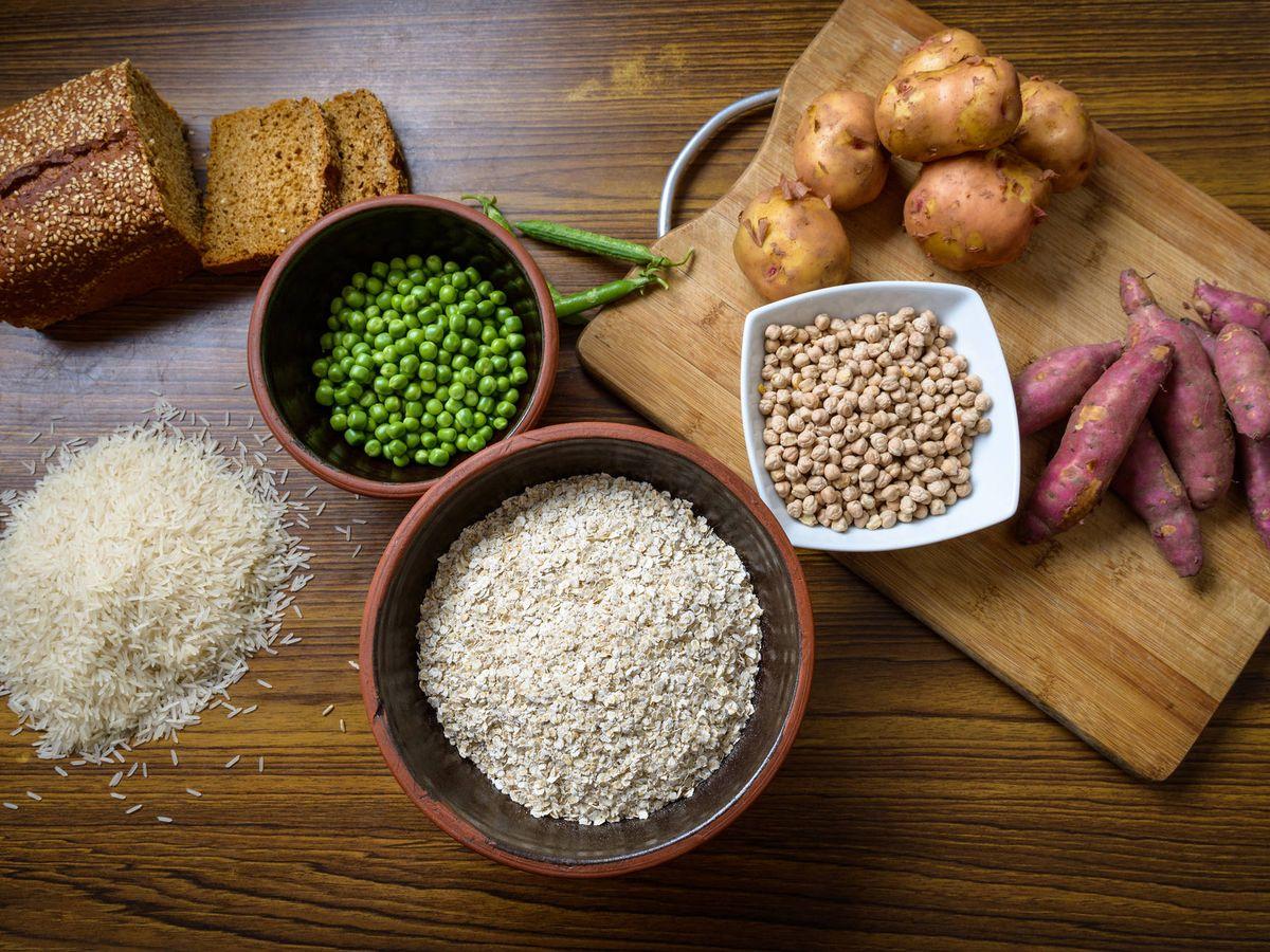 Foto: Alimentos ricos en carbohidratos. (iStock)