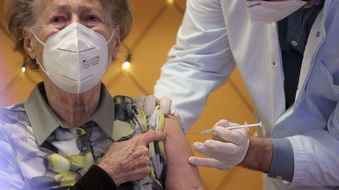 Sanidad avanza que mañana llegarán 369.525 dosis de la vacuna de Pfizer