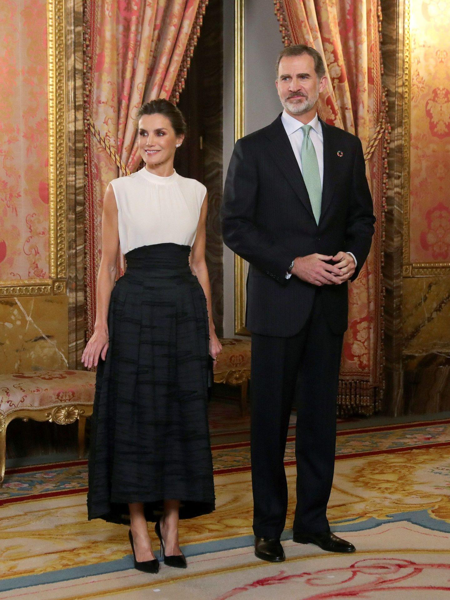 Los Reyes, en el Palacio Real de Madrid. (EFE)