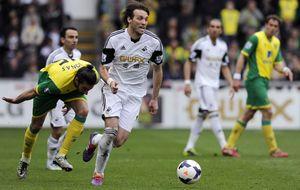 Swansea y Nápoles cierran la cesión de Michu para la próxima temporada