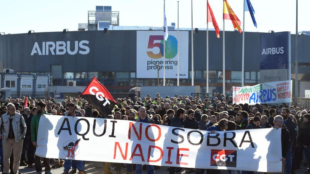 Foto: Protestas en la planta de Airbus en Getafe, Madrid (EFE)