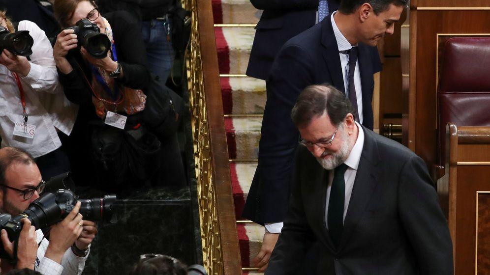 Foto: Pedro Sánchez, junto con Mariano Rajoy, en el Congreso de los Diputados. (Reuters)