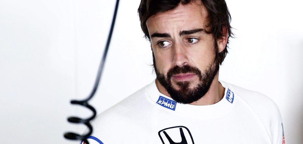 Foto: Fernando Alonso en el Gran Premio de China (EFE)