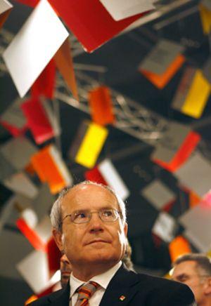 Montilla cobrará 100.000 euros de por vida, más que Aznar y González