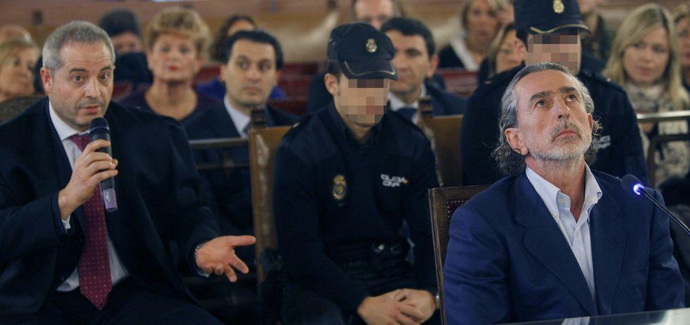 Francisco Correa (d) y su abogado (i). (EFE)
