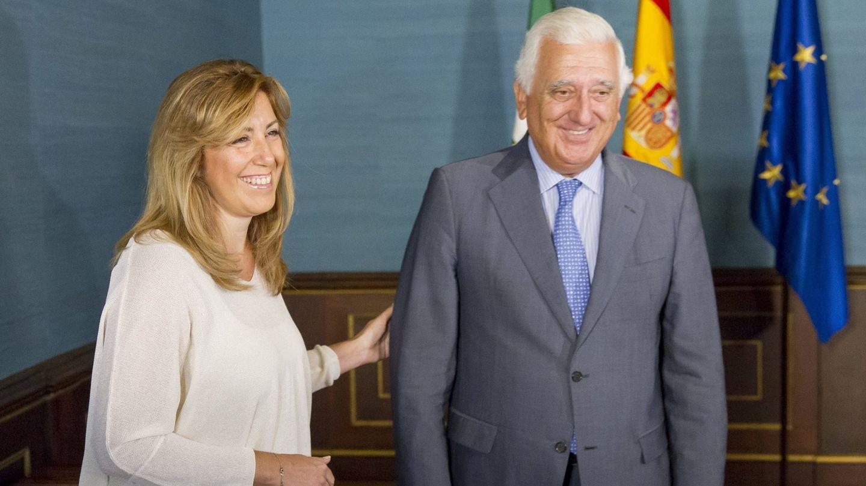 Santiago Herrero, junto a Susana Díaz el pasado septiembre (Efe)