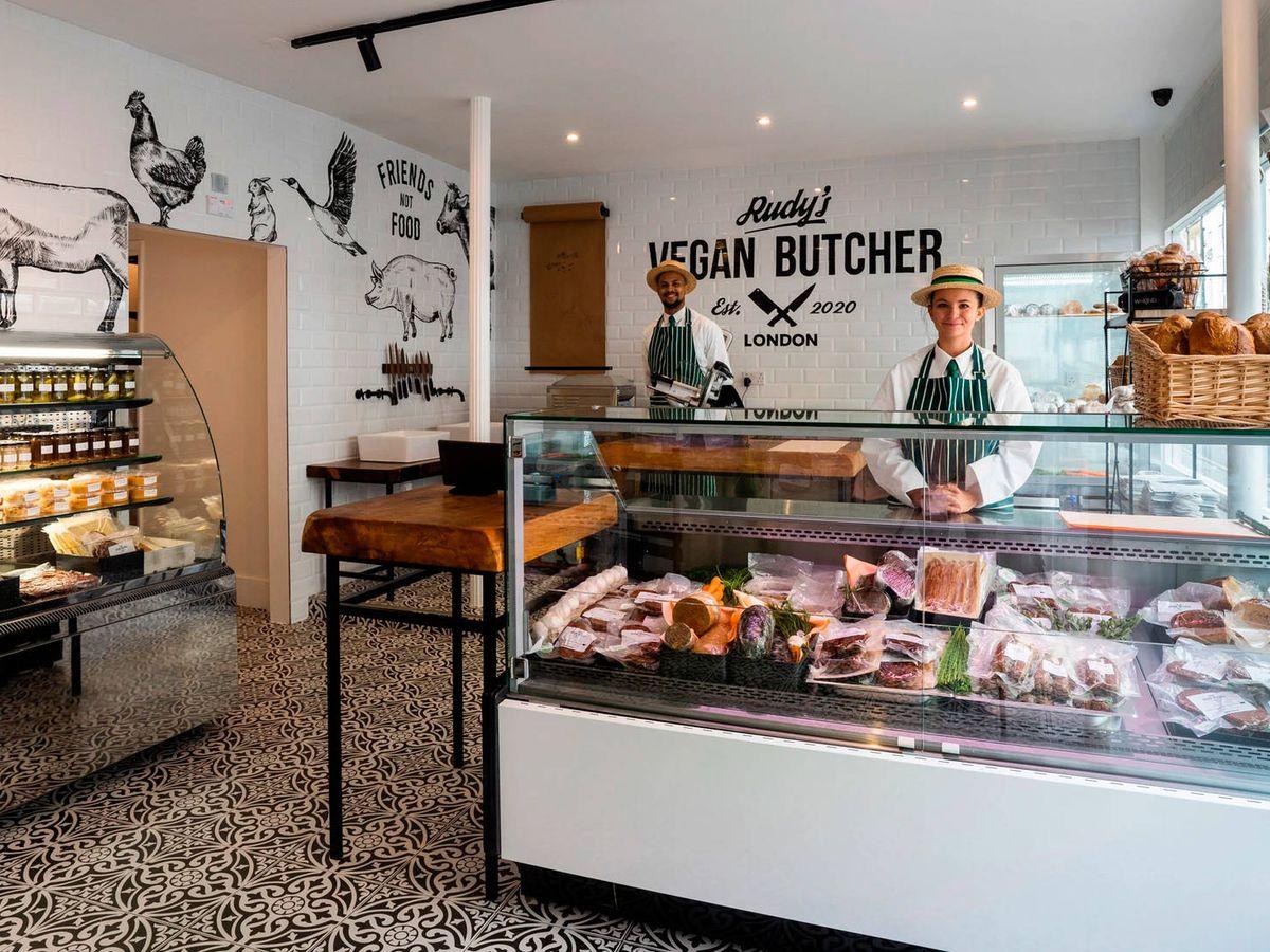 Foto: El éxito de la primera carnicería vegana de Londres ha sido arrollador (Rudy's)