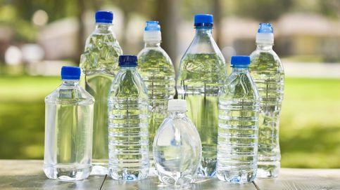 ¿Deben preocuparnos los microplásticos en el agua envasada ?