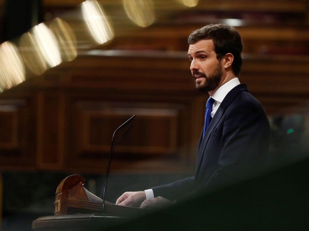 Foto: El presidente del Partido Popular, Pablo Casado, en el hemiciclo. (EFE)