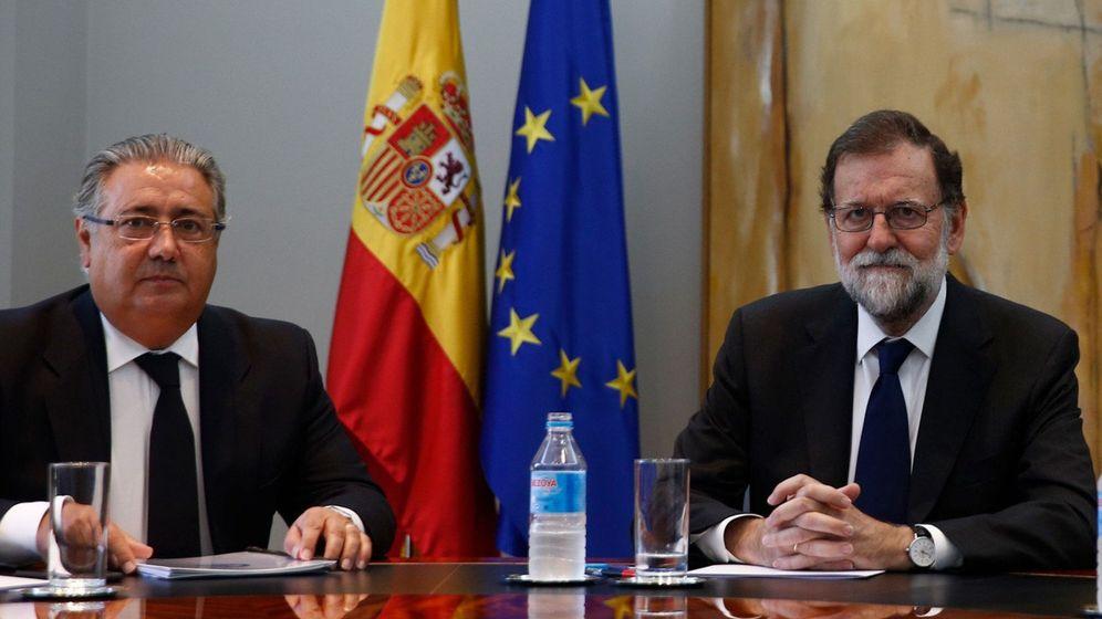 Foto: El presidente del Gobierno, Mariano Rajoy y el ministro del Interior, Juan Ignacio Zoido. (EFE)