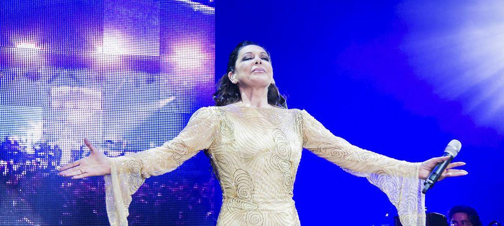 Foto: Isabel Pantoja en concierto (Gtres)