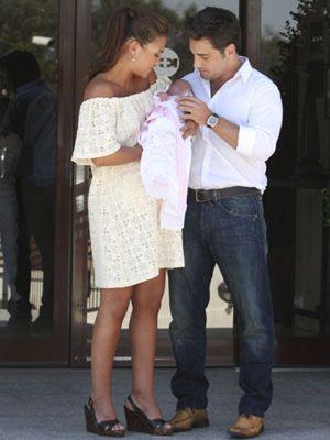 """Bustamante y Paula Echevarría felicitan a su """"princesita"""" por su cumpleaños"""