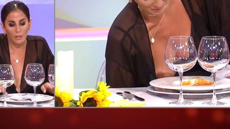 El descuido de Anabel Pantoja en 'La última cena'. (Telecinco)