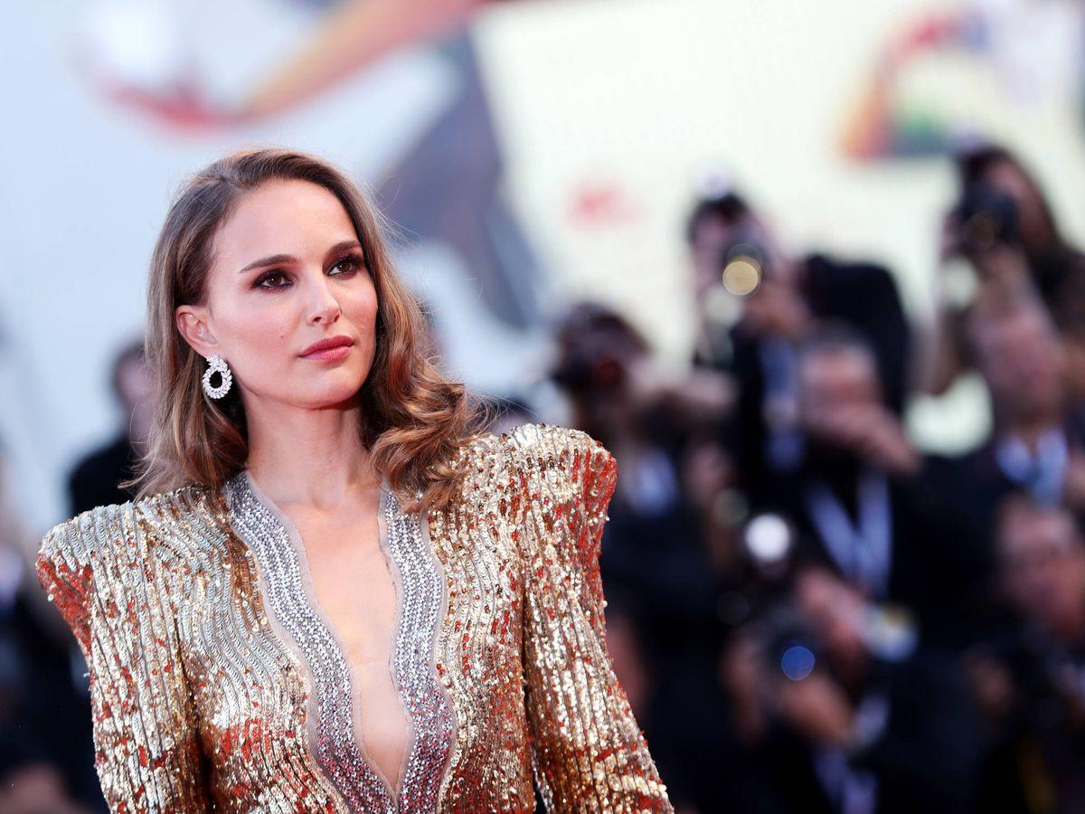 Foto: Natalie Portman, con un potente look de maquillaje en el Festival de Cine de Venecia. (Getty)