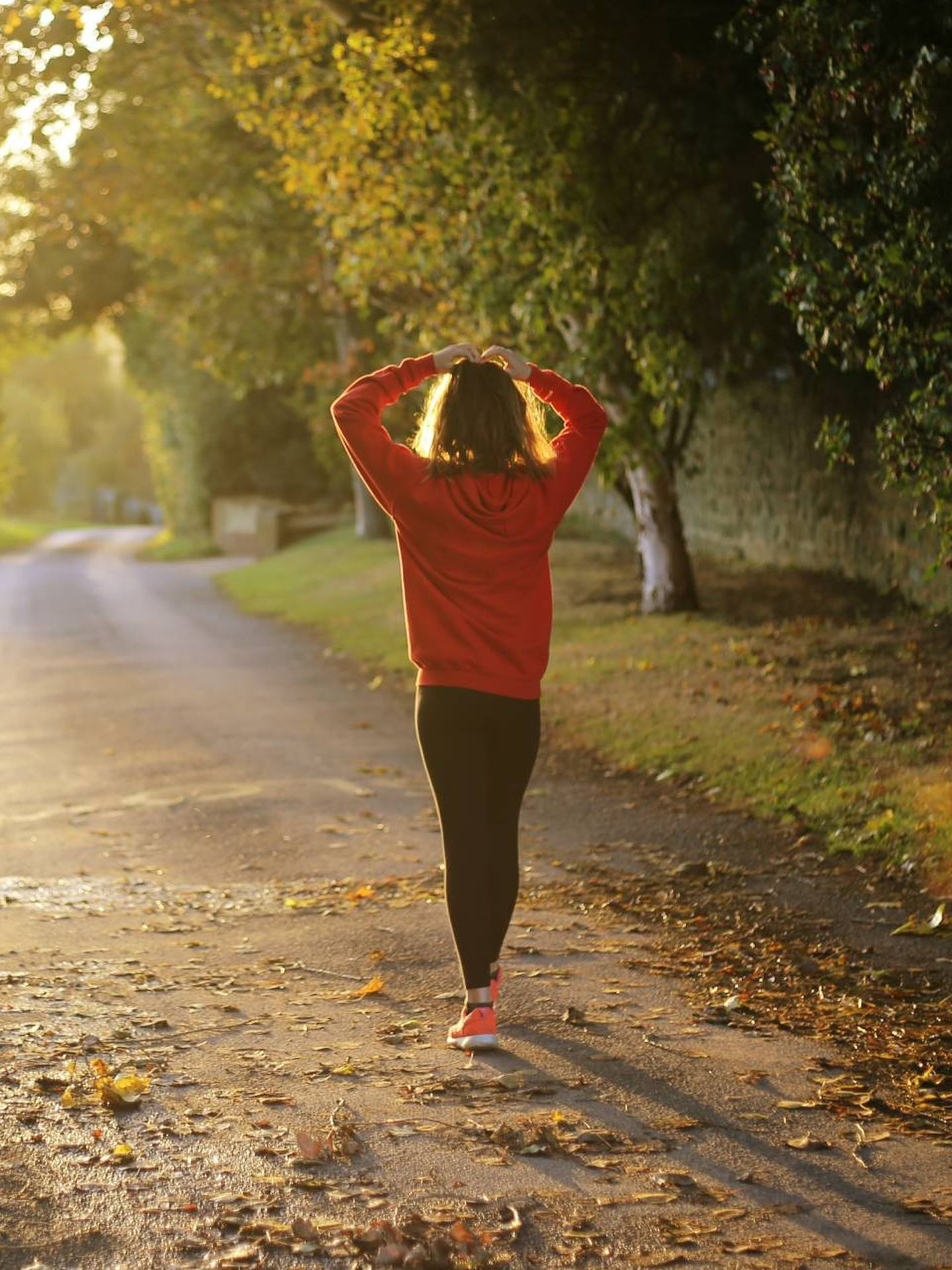 Caminar después de cenar para adelgazar más. (Emma Simpson para Unsplash)