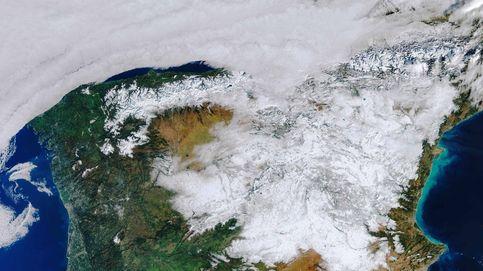 La España nevada nunca antes vista desde el espacio en una imagen a todo color