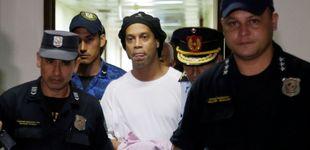Post de Los 'lujos' de Ronaldinho en su celda y la videollamada a la familia de un compañero