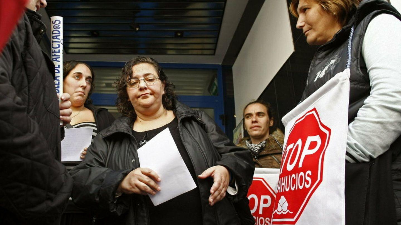 Stop desahucios pide de nuevo una solución para elisabeth sanlés