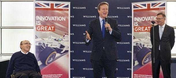 Foto: Frank Williams (d), David Cameron (c) y Mike O'Driscoll.