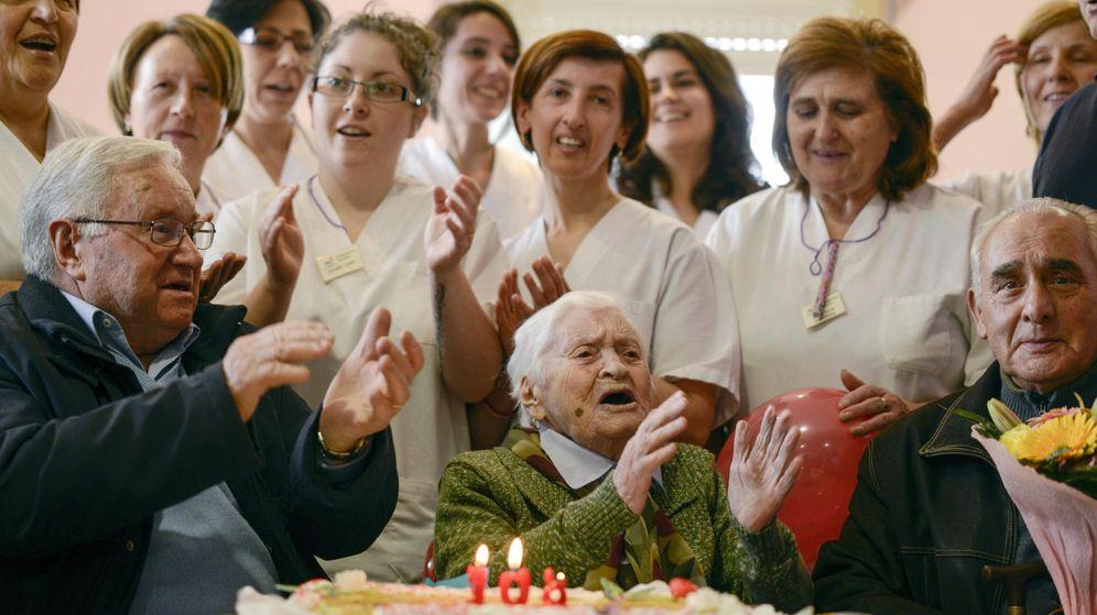 Foto: El 108 cumpleaños de una de las personas más longevas de Galicia. (EFE)