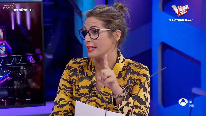 Nuria Roca, en otros programas de 'El hormiguero', también con labial rojo neón. (Atresmedia)