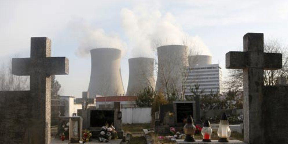 Foto: Un nuevo incendio afecta al reactor cuatro de la central de Fukushima