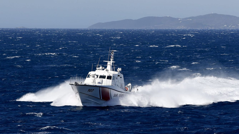 Un buque turco realiza disparos de advertencia contra un barco de Chipre